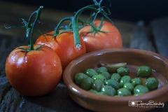 tomates y aceitunas