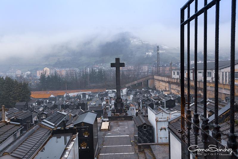 Cementerio de Moreda