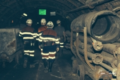 Mineros-en-la-mina