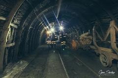 mineros-con-luz