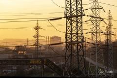 Paisaje-industrial-cables-alta-tensión